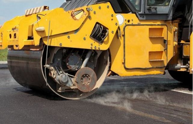Буковину позбавили 68 мільйонів на ремонт доріг через бездіяльсть ОДА – Бурбак