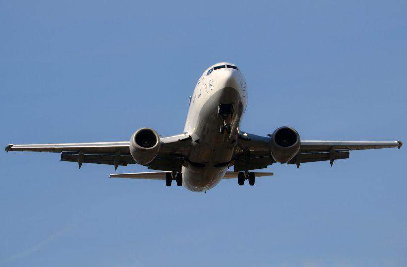 Через туман літак з Анталії не зміг приземлитися у Чернівцях