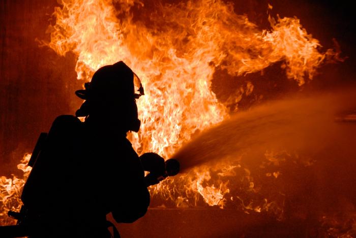 У Вижниці сталася пожежа на пилорамі – ДСНС