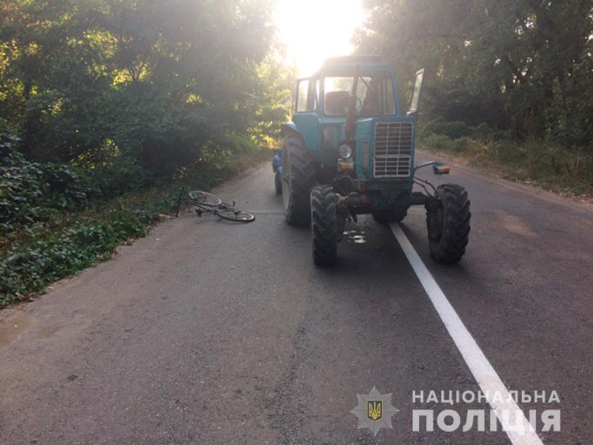 На Буковині підліток потрапив під колеса трактора – поліція