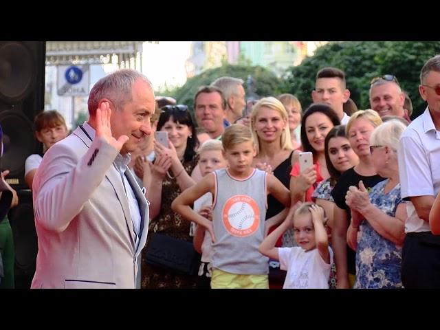 Відомий український актор Віктор Андрієнко розповів журналістам ТВА про зйомки в Чернівцях