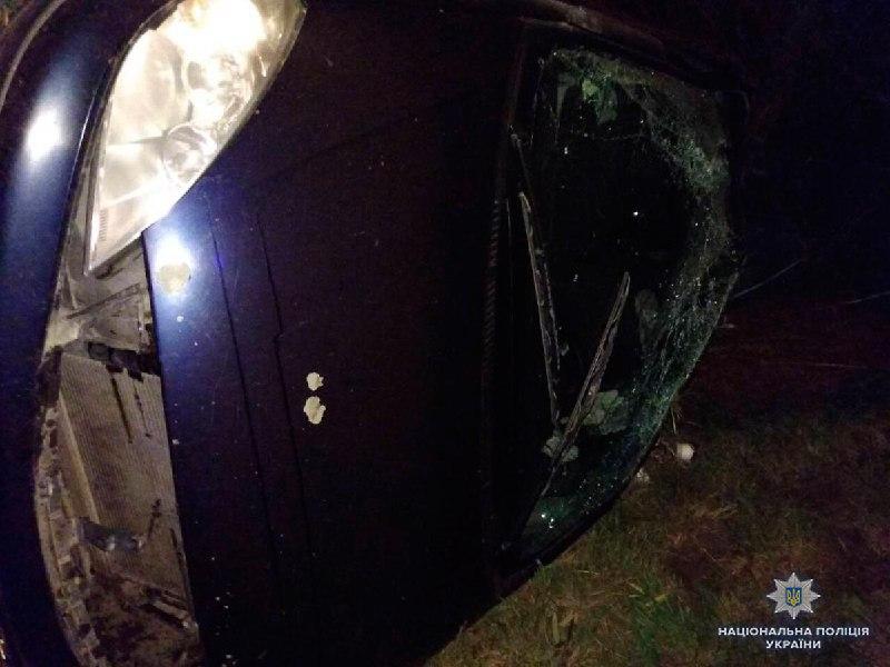 На Кельменеччині в результаті ДТП загинула жінка-водій
