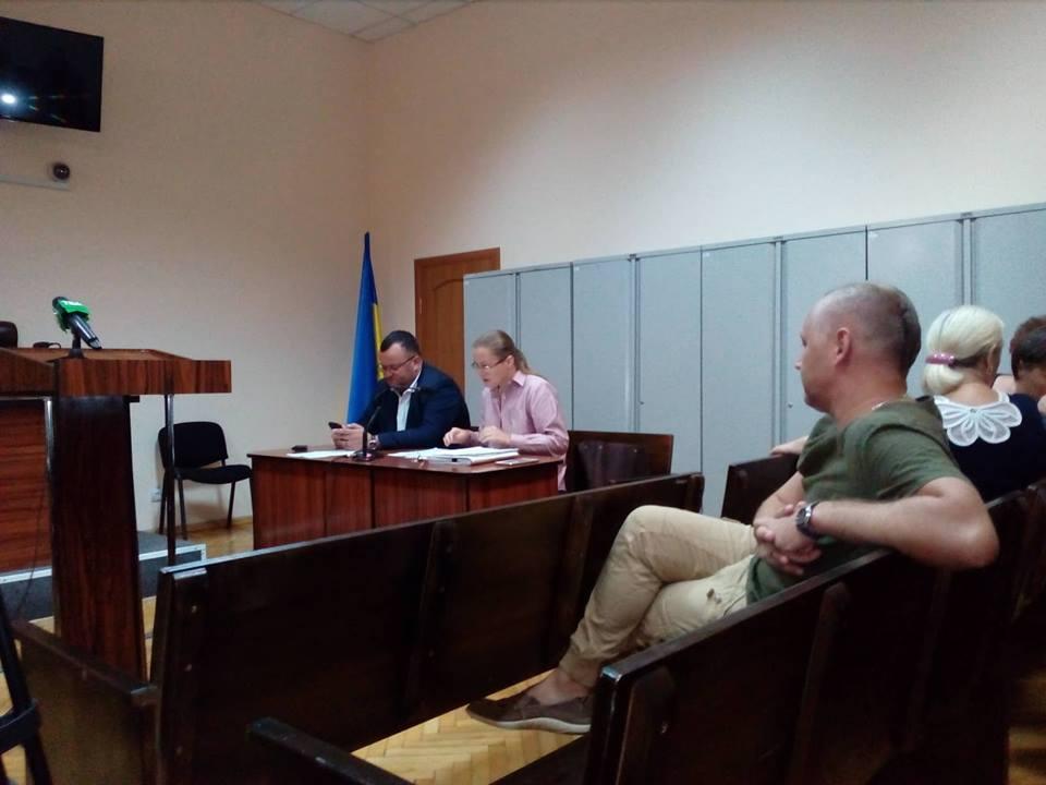 У Чернівцях почали розглядати позов Каспрука до міської ради