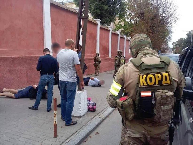 Керівник Нацполіції Буковини підтвердив затримання кримінальних авторитетів біля СІЗО