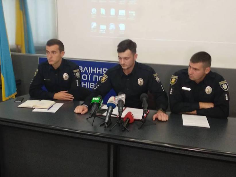 Патрульних відсторонили від виконання обов'язків: ведеться розслідування аварії у Чернівцях, у якій загинув пішохід