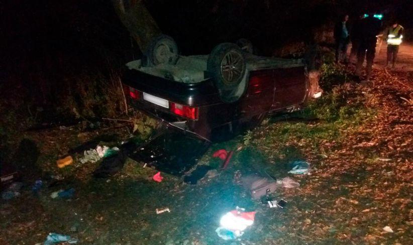 На Путильщині перекинулася автівка: загинула 35-річна пасажирка