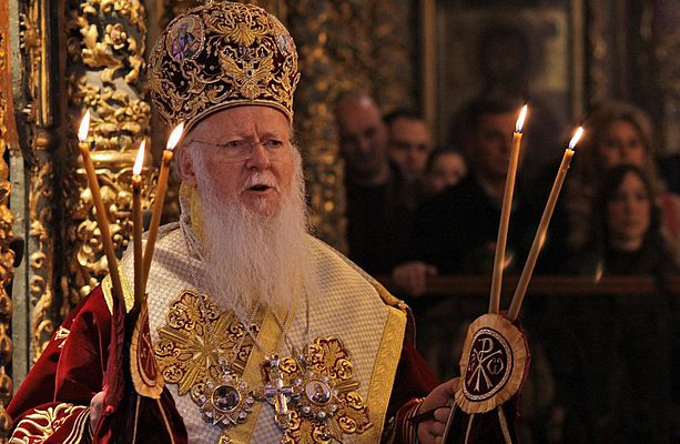 Розпочалося засідання Синоду, на якому можуть вирішити долю томосу для УПЦ
