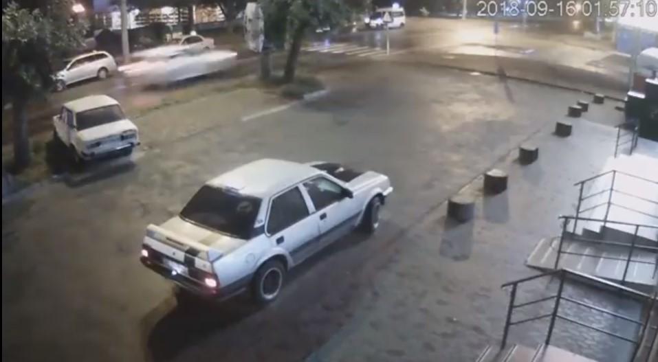 ДТП на Гравітоні: прокуратура оприлюднила відео з камер спостереження