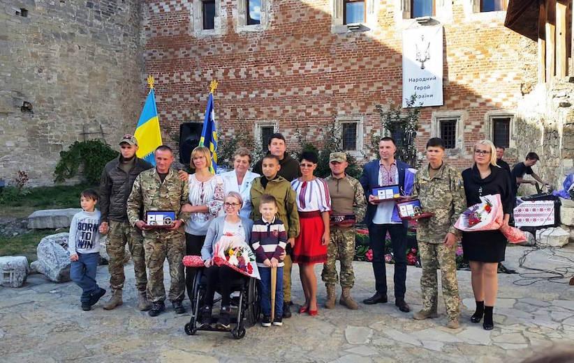 У Хотинській фортеці нагородили Народних Героїв