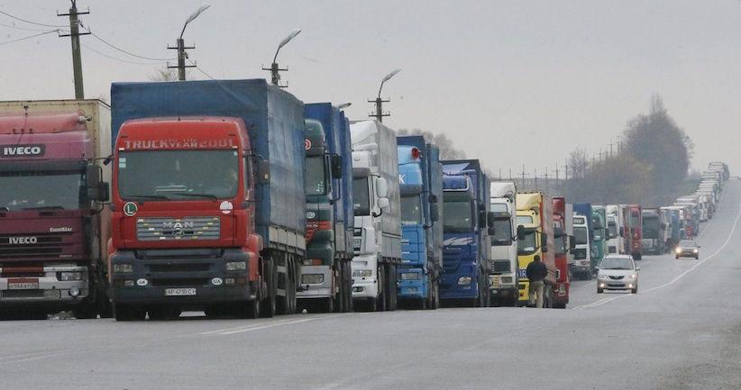 Україна і Туреччина скасовують обмеження на перевезення вантажу