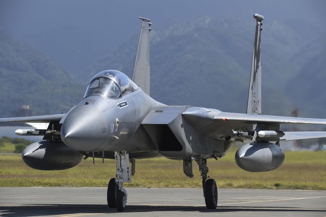 В Україні розпочалися масштабні авіаційні навчання