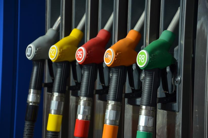 Білорусь частково відновила постачання пального в Україну