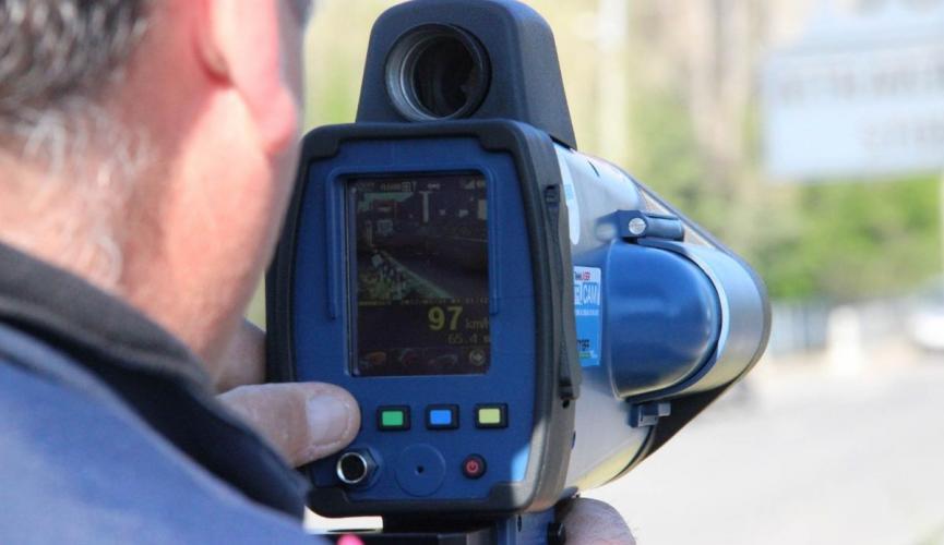 Радари TruCam на дорогах України: водіїв поки не штрафуватимуть