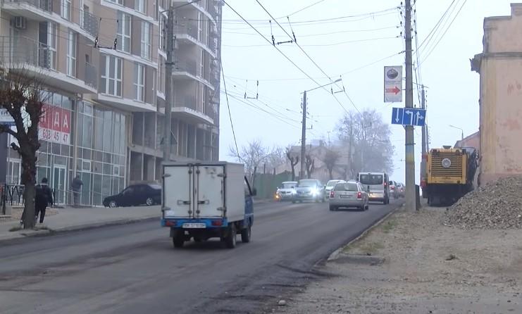 У Чернівцях розпочали капітальний ремонт вулиці Героїв Майдану