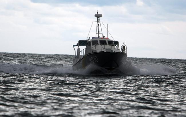 В Азовському морі російські прикордонники затримали українських рибалок – ЗМІ