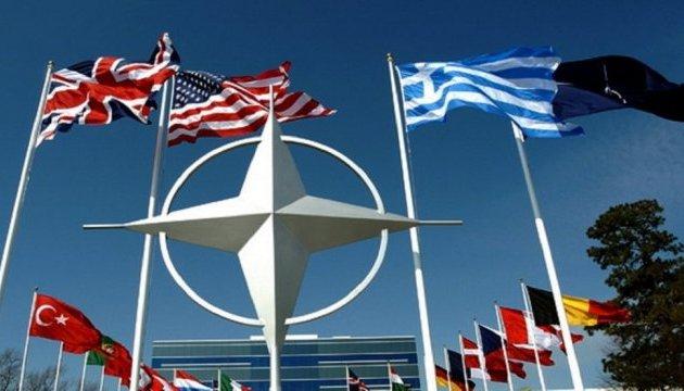 НАТО застерігає РФ та Білорусь від дестабілізації на східному фланзі Альянсу
