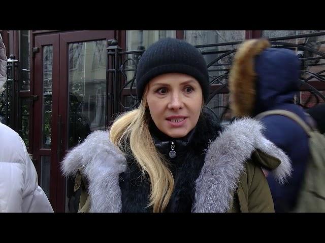 Два кафе на Головній у Чернівцях заблокувала поліція