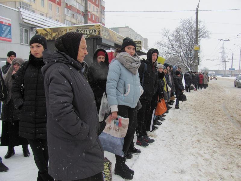 """""""Нова влада"""" господарює: у Чернівцях – транспортний колапс"""