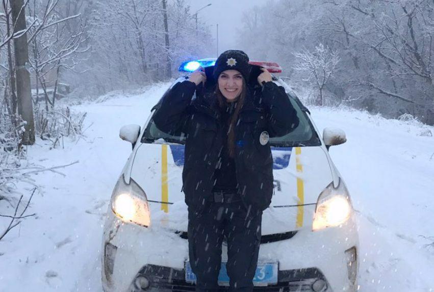 На Буковині та в Чернівцях ускладнено рух транспорту через негоду – поліція