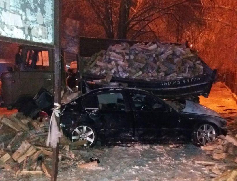 Поліція розслідує смертельну ДТП у Чернівцях