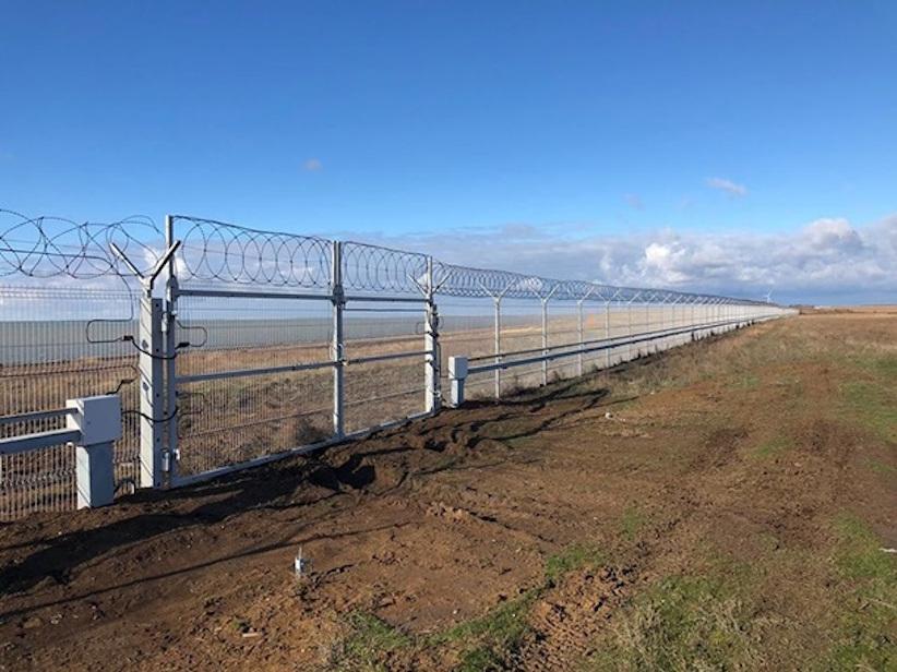 Росія відгородила анексований Крим 60-ти кілометровим парканом – ЗМІ
