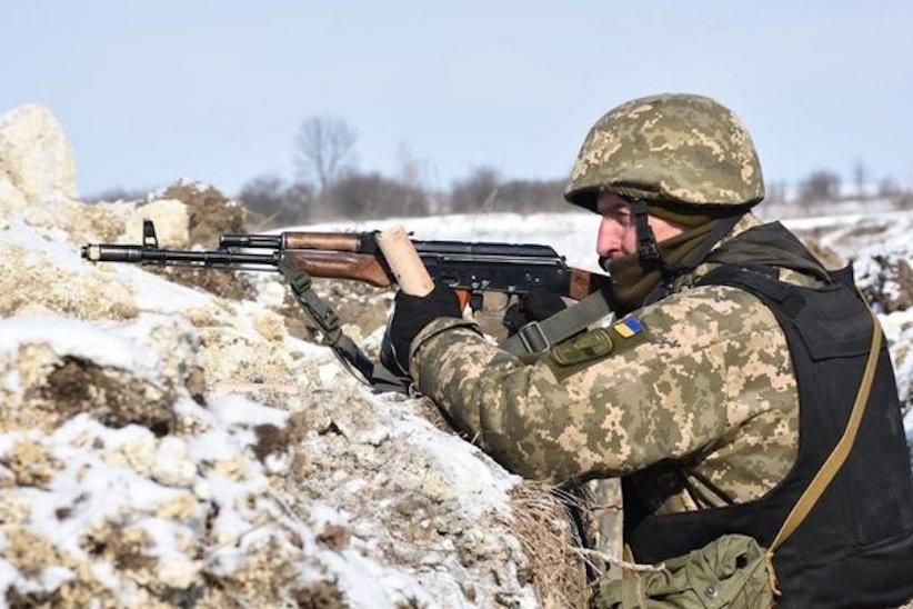 Позиції Об'єднаних сил обстріляли 5 разів, одного українського військового поранено