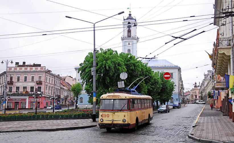У Чернівцях раритетні тролейбуси з легкістю відправляють на металобрухт замість вигідного інвестування