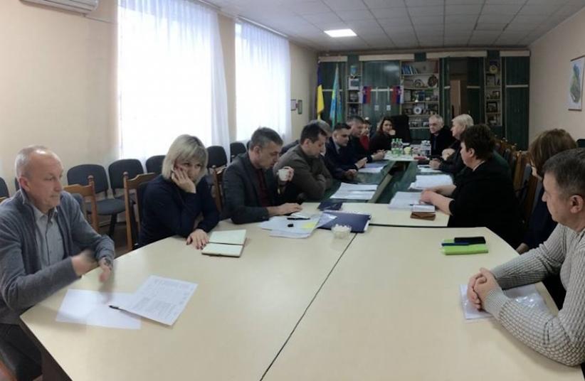 У Ломачинцях самозванці видають себе за владу: Михайло Павлюк звернувся до поліції