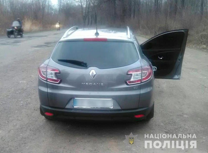 На Буковині водій пропонував поліцейським хабар, щоб уникнути покарання за порушення ПДР