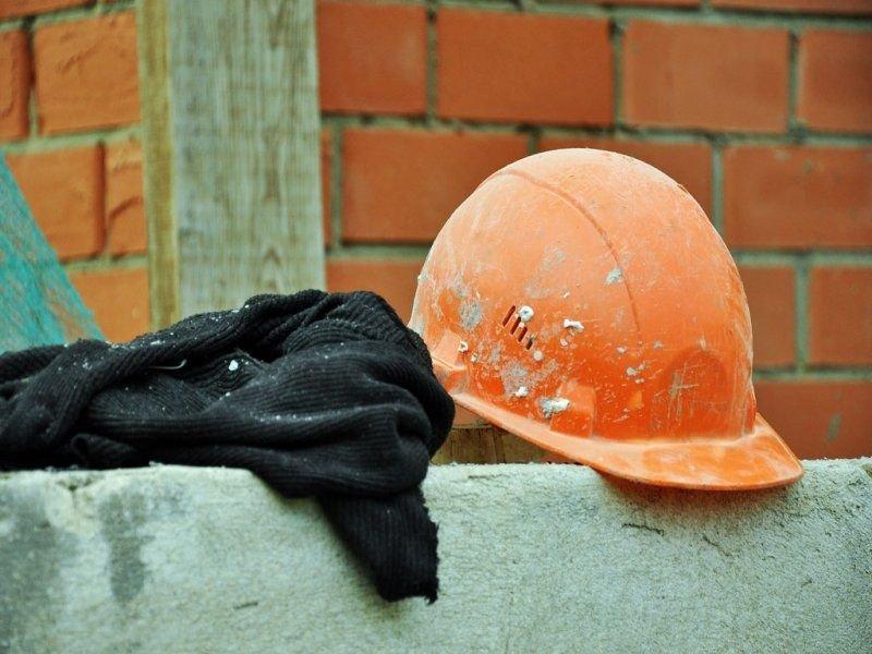 На Буковині будівельну компанію оштрафували майже на 1 млн. грн за нелегальних працівників