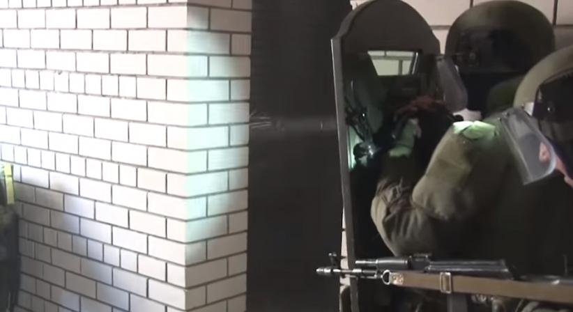 У Росії показали бронещит, який може викликати галюцинації (відео)