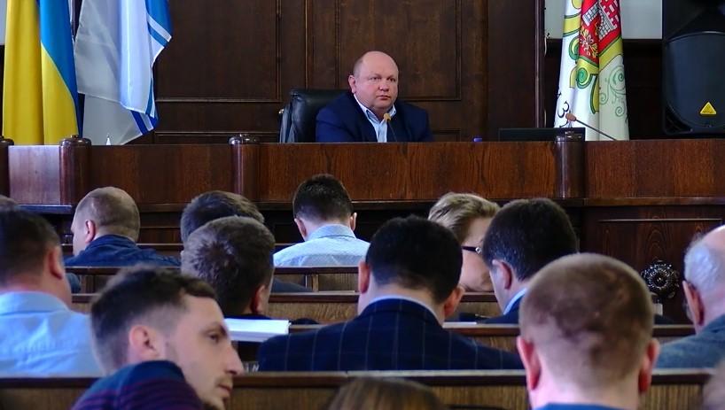 Перевірити, чи брав мер Чернівців хабар, просять депутати