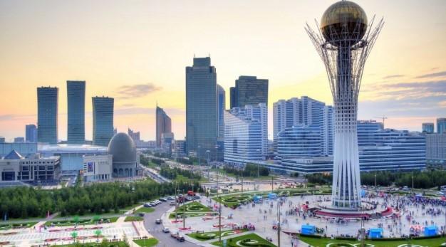 Кандидата у президенти Казахстану через незнання державної мови зняли з перегонів