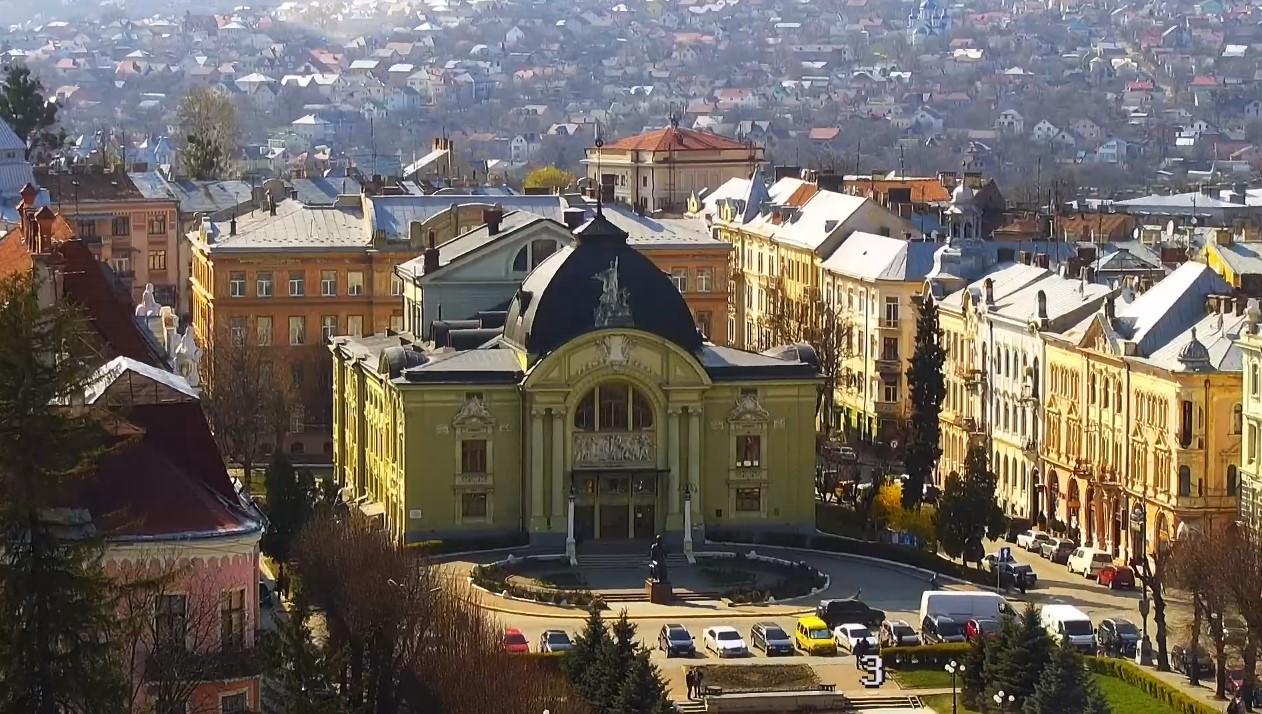 Яке місце займуть Чернівці у рейтингу міст України: триває голосування