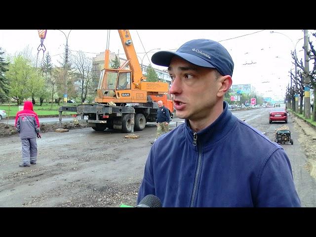 10 бігбордів, які розміщені на проспекті Незалежності, мають демонтувати