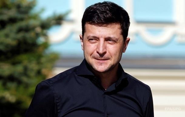 Зеленський скасував понад 160 указів попередніх президентів