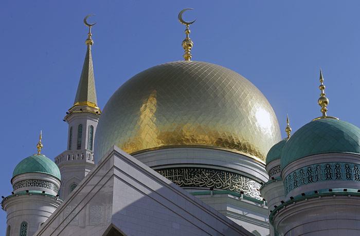 У мусульман сьогодні розпочинається священний місяць рамадан