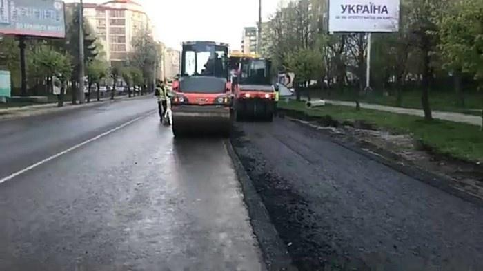 У Чернівцях обмежать рух транспорту по вулиці Героїв Майдану через ремонт