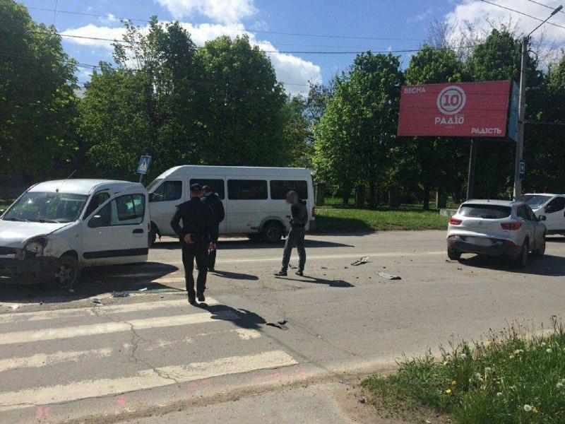 У Чернівцях в ДТП постраждали двоє дітей – поліція