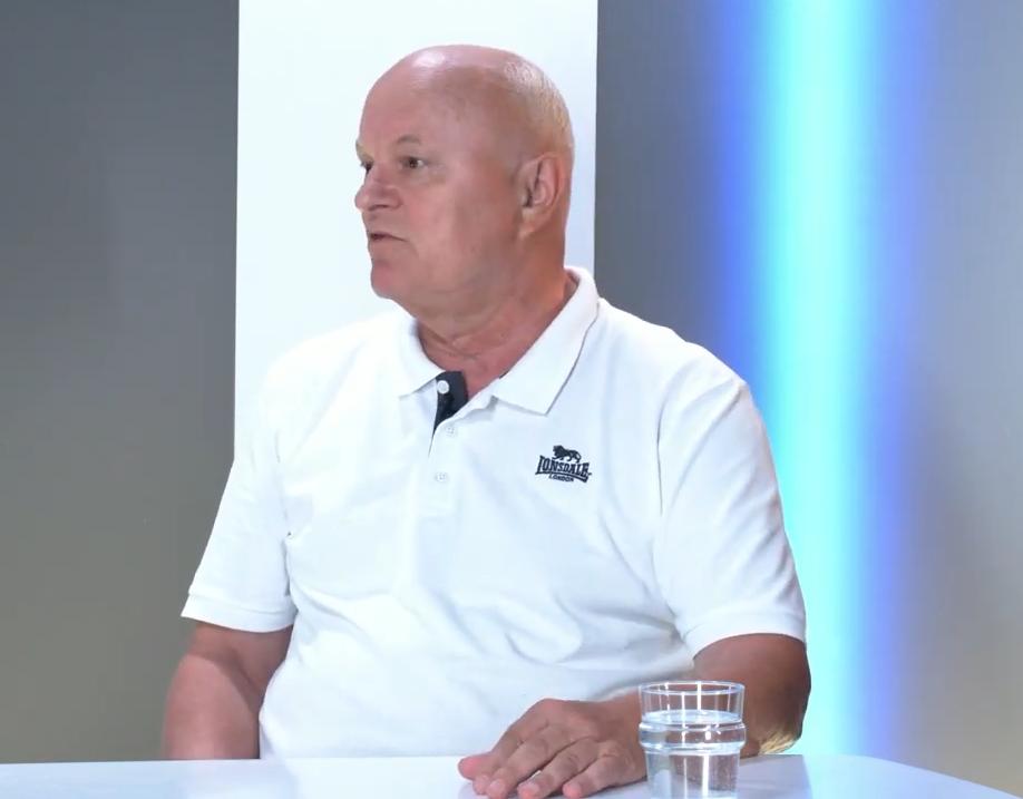 Микола Федорук розповів, чому в Чернівцях немає комунального басейну