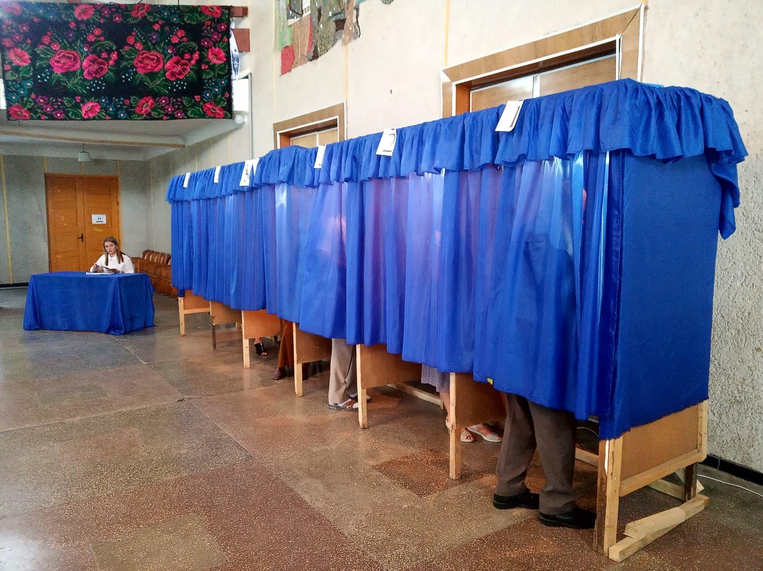 Місцеві вибори: Степанов розповів, як проголосувати хворому на COVID-19
