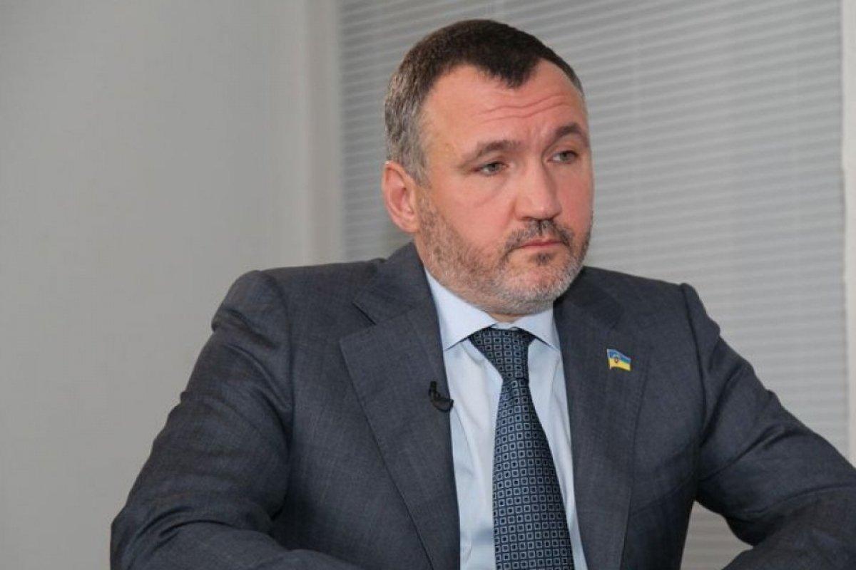 Суд дозволив балотуватися Ренату Кузьміну до Ради