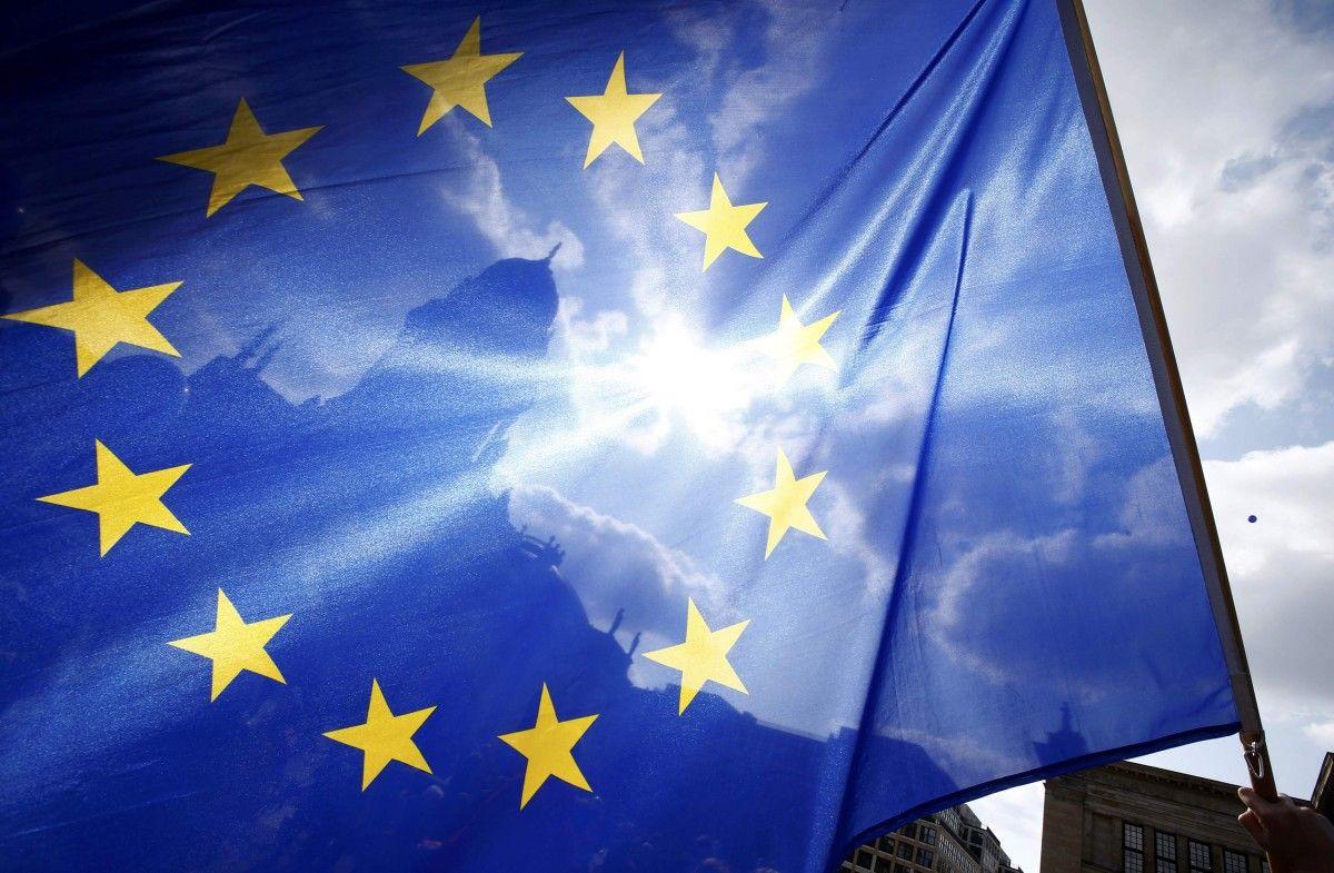 Європейський Союз закриває зовнішні кордони на місяць