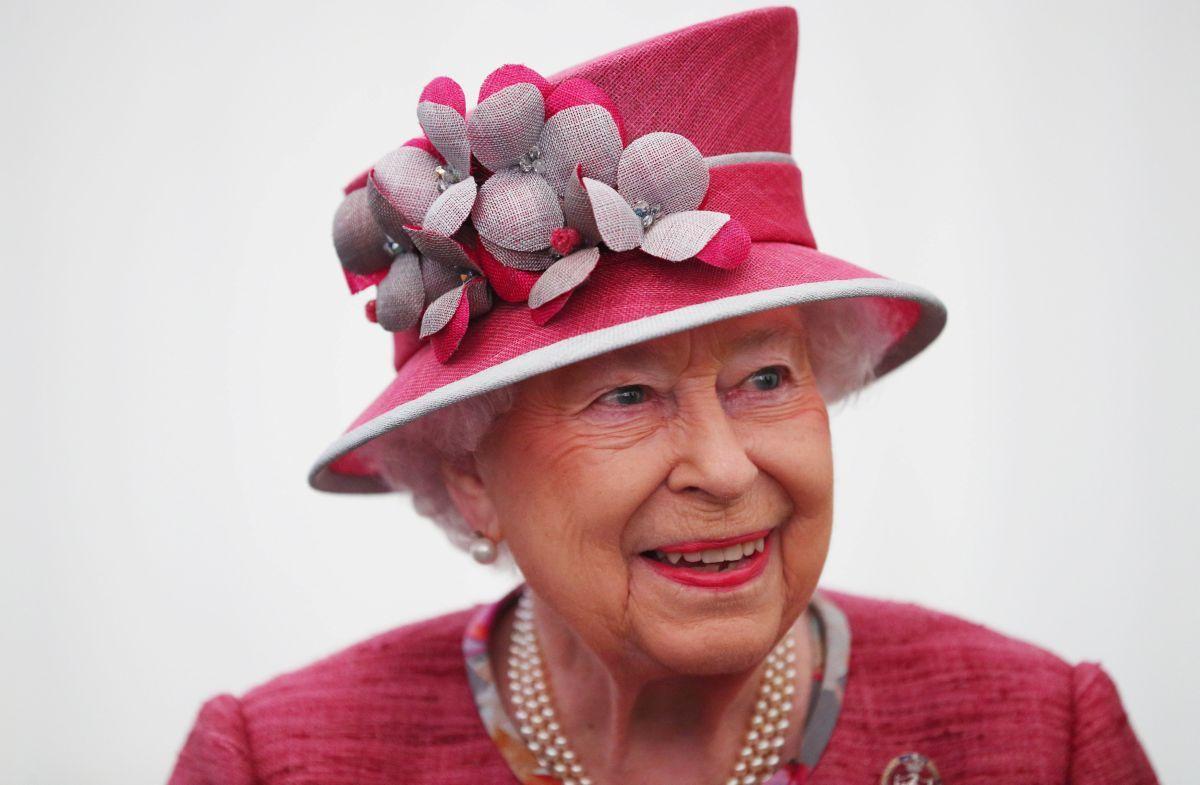 Королева Єлизавета зробила щеплення від коронавірусу