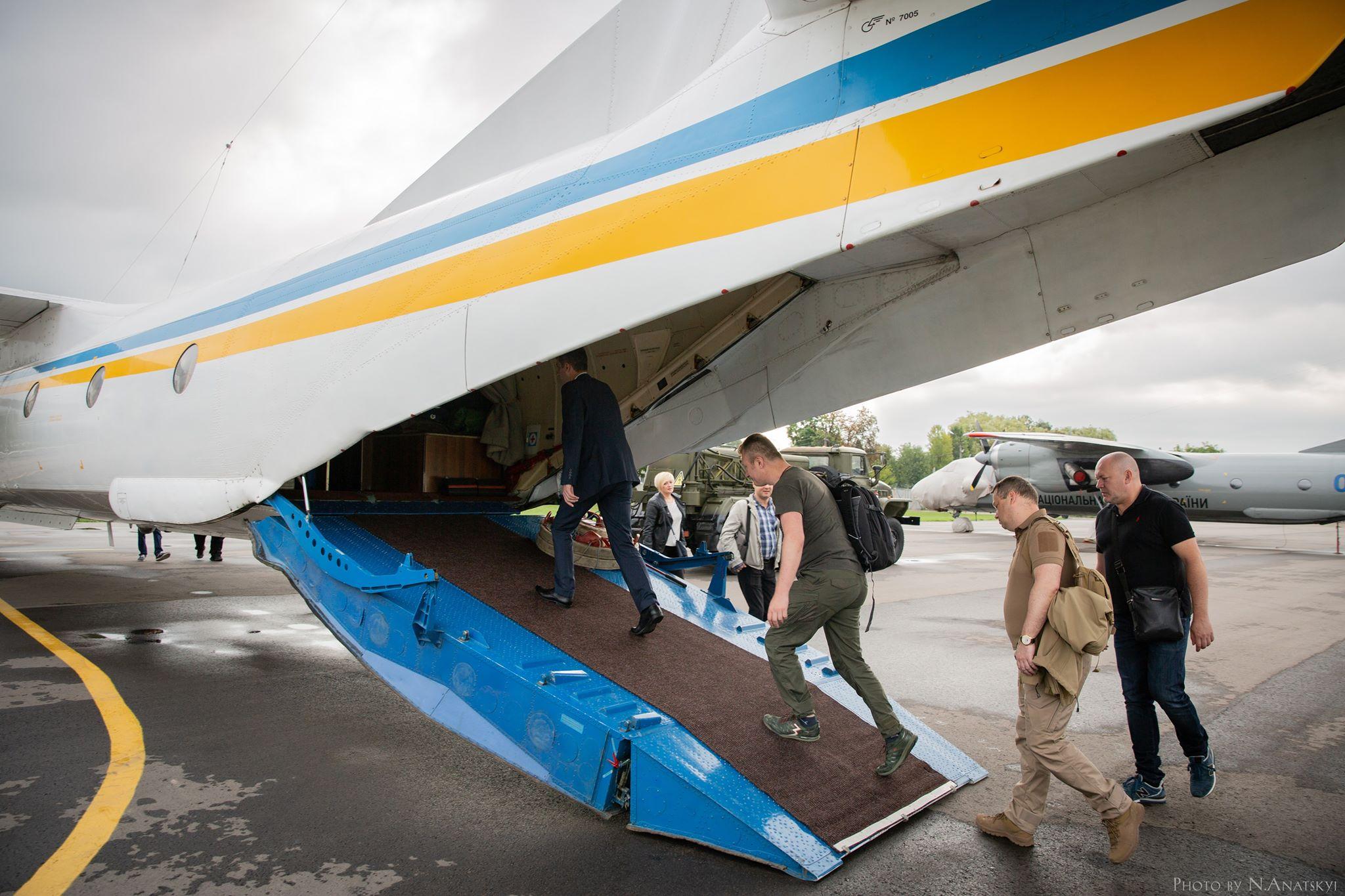 Члени ЦВК прибули на проблемний округ в Покровську за документацією