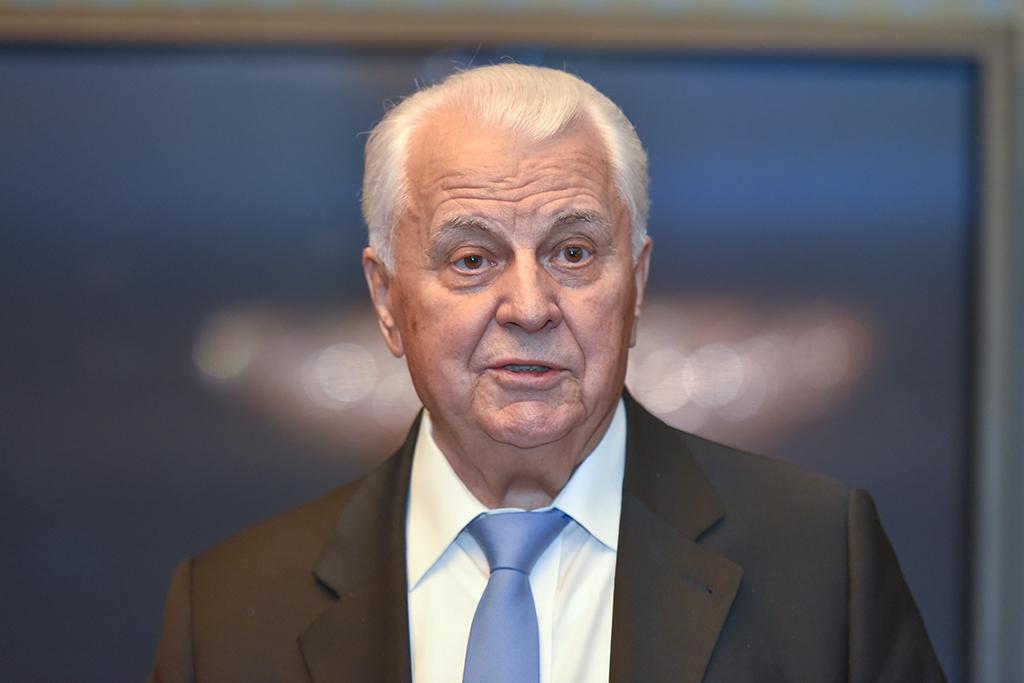 Кравчук: Україна відмовилася від участі в переговорах ТКГ у Мінську