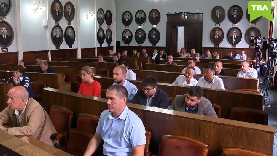 Депутати Чернівецької міськради продовжують саботувати сесію