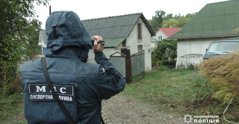 Подвійне вбивство у Кіцмані: знайдено передсмертну записку підозрюваного