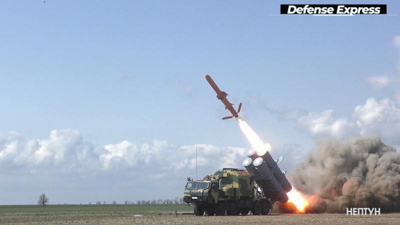 """Пролетіла 250 кілометрів: Україна успішно випробувала крилату ракету """"Нептун"""""""