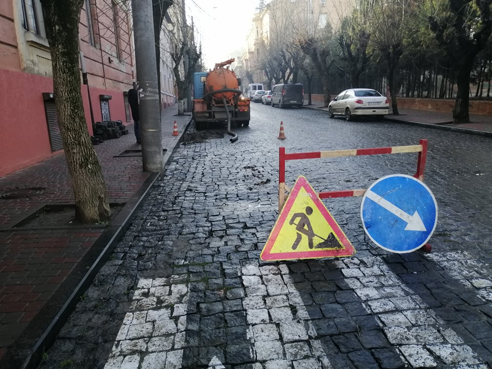 У центрі Чернівців сьогодні весь день не буде води
